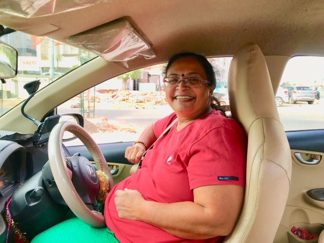 Binitaben: The First Woman Driver of Uber in Ahmedabad.